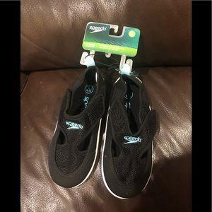BNWT Speedo hybrid water shoe for girl